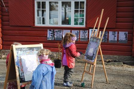 Vi maler alltid ute.